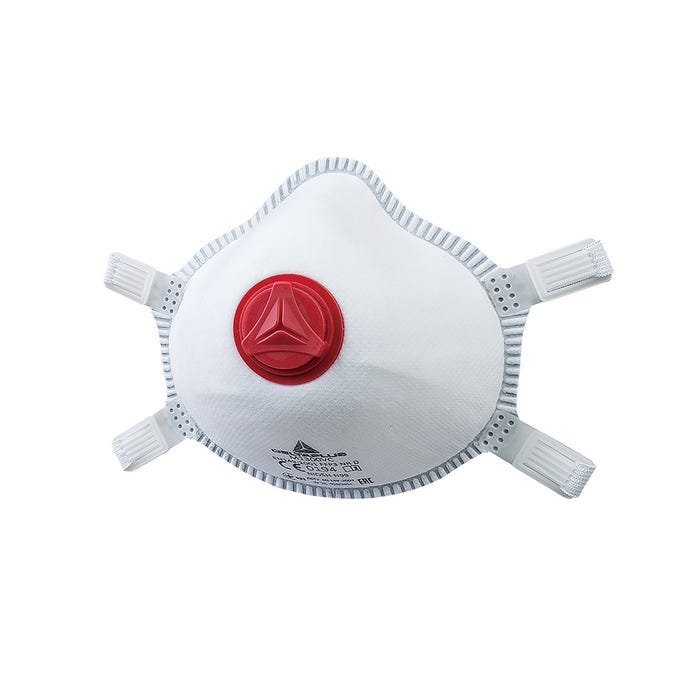 P3 moulded half mask with valve